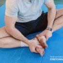 Упражнение для улучшения гибкости суставов.