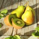 Детокс рецепт: Коктейль из груши, сельдерея и киви